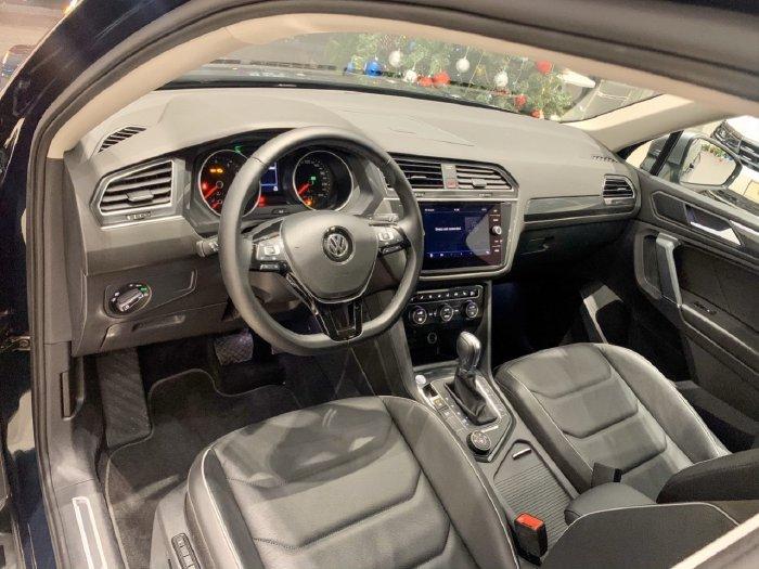 🔺️Xe Volkswagen Tiguan Màu Xanh Rêu 2020 Hiếm có 3