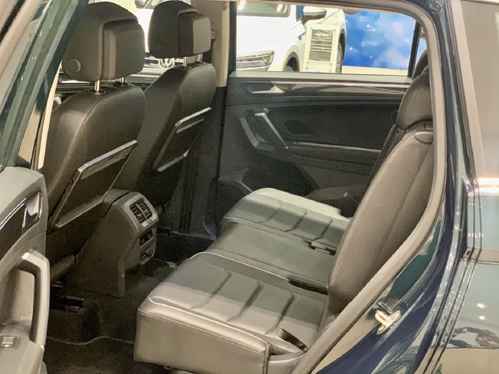 🔺️Xe Volkswagen Tiguan Màu Xanh Rêu 2020 Hiếm có 5