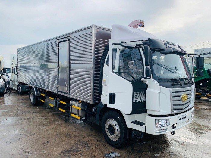 xe tải faw 7 tấn thùng kín dài 9m7 giá rẻ n nhất thị trường 3