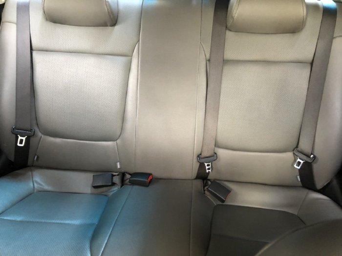 Tôi cần bán Kia Soluto 2020, số tự động Full màu trắng