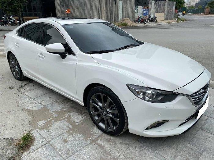 Cần bán Mazda6 2016, bản 2.5, màu trắng cực sang trọng