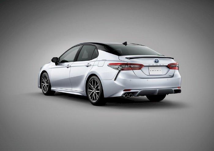 Toyota trang bị cho Camry đời 2021 bộ mâm hợp kim
