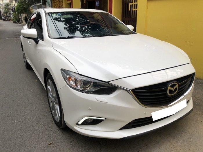 Bán xe cực đẹp Mazda 6 Premium 2017 2.5AT, màu trắng