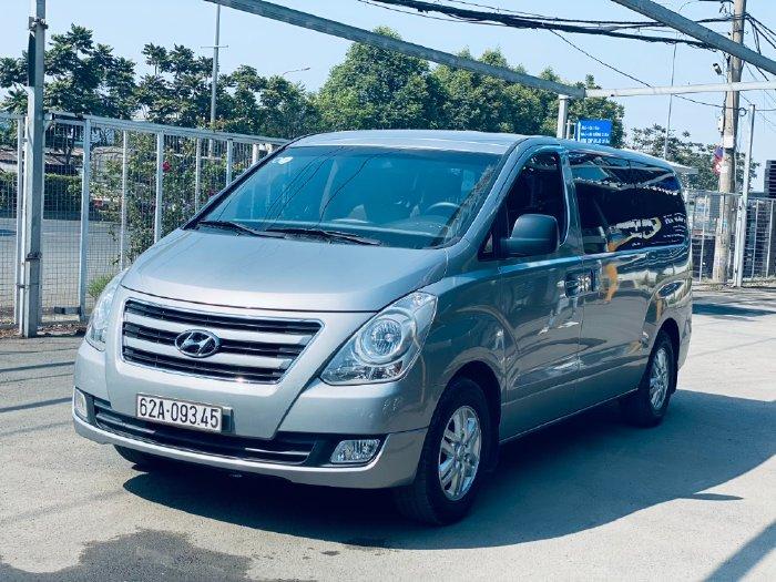 Hyundai Starex 2018 , số sàn máy dầu , có hỗ trợ trả góp