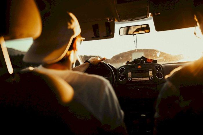 6 điều cần nhớ để bảo vệ người lẫn xe khi lái xe đường dài dưới trời nắng nóng