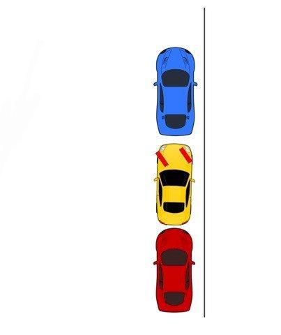 Đánh lái sang trái và lùi xe song song với lề đường(1)