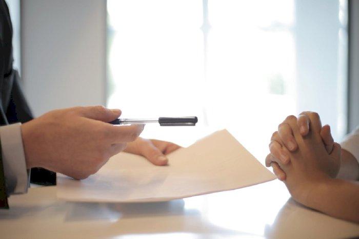Kiểm tra hợp đồng trước khi ký