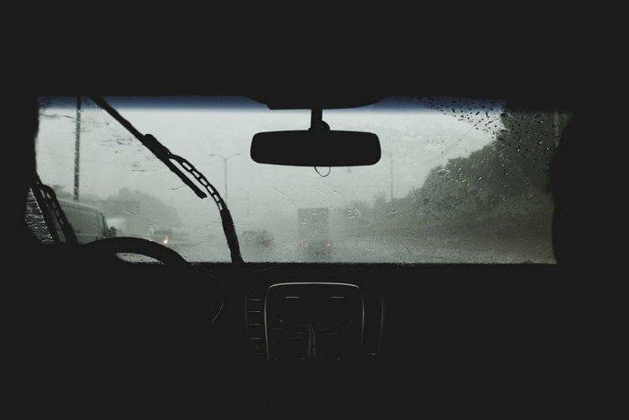 Cân bằng nhiệt độ trong và ngoài xe