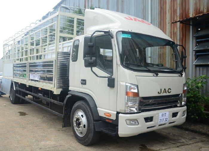 xe tải jac 8 tấn thùng dài 7m6