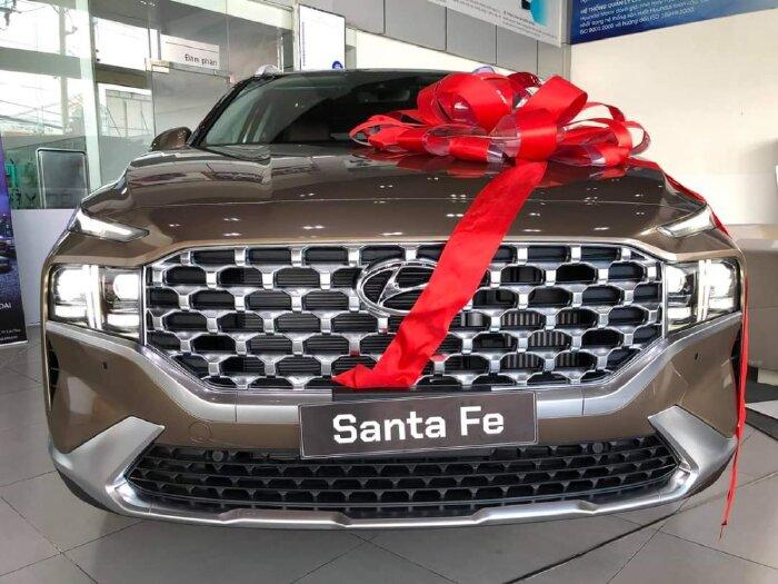 Santafe 2021 Dầu Cao Cấp, Giảm Giá Tiền Mặt+tặng Combo Phụ Kiện 13 Món Và Bảo Dưỡng