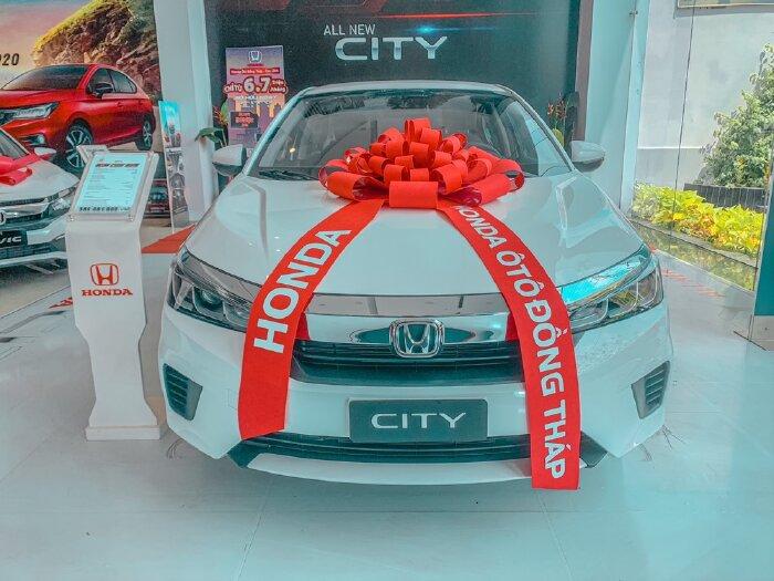 Honda City L trắng ưu đãi mùa dịch khuyến mãi tiền mặc, cùng nhiều phụ kiện chính hãng