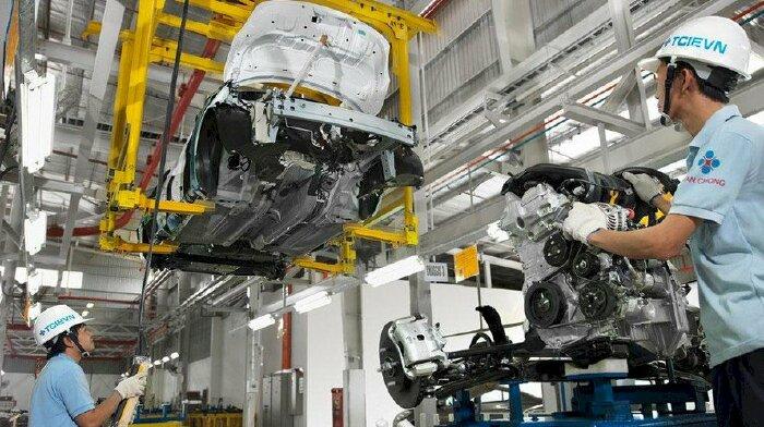 Đâu là điểm 'níu chân' sản xuất ô tô trong nước?